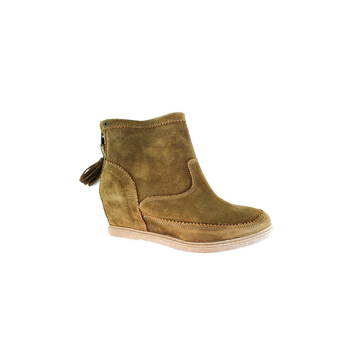 Boots Minka Saturna camel