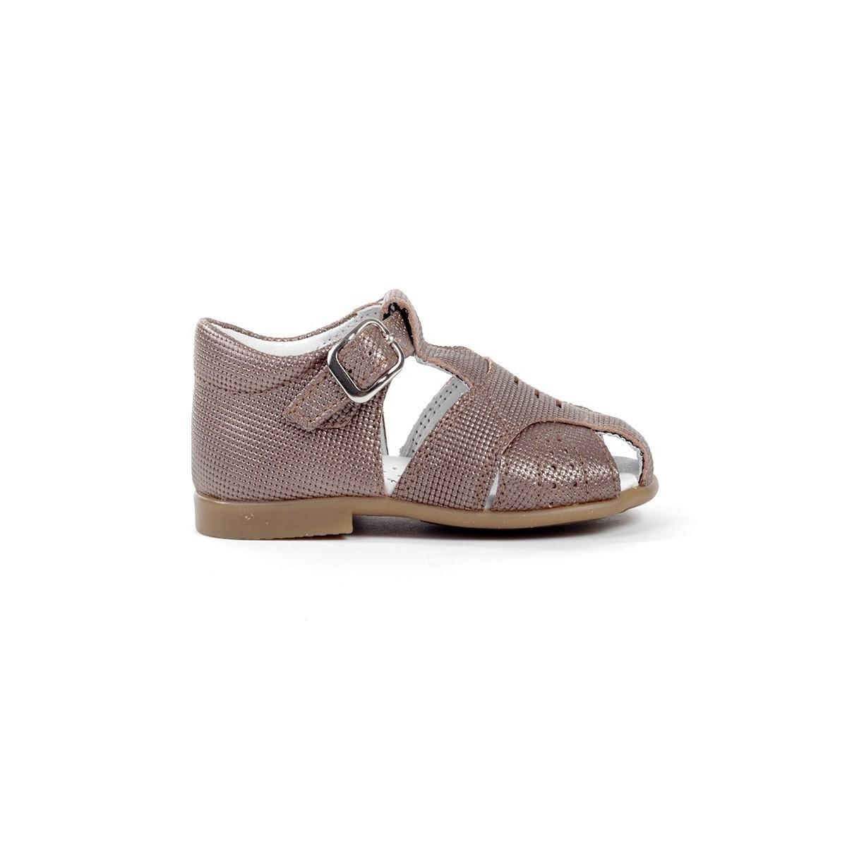 Sandales fermées cuir bronze