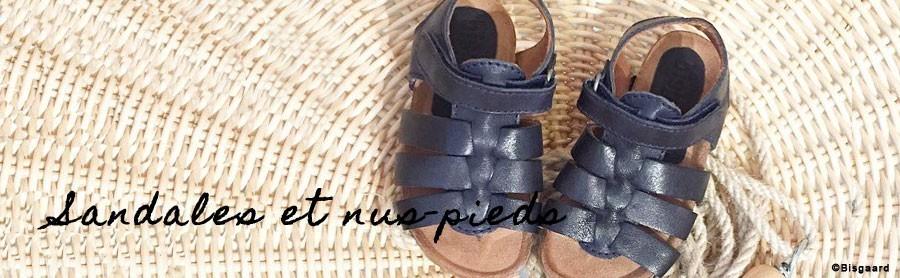 Sandales et nus pieds